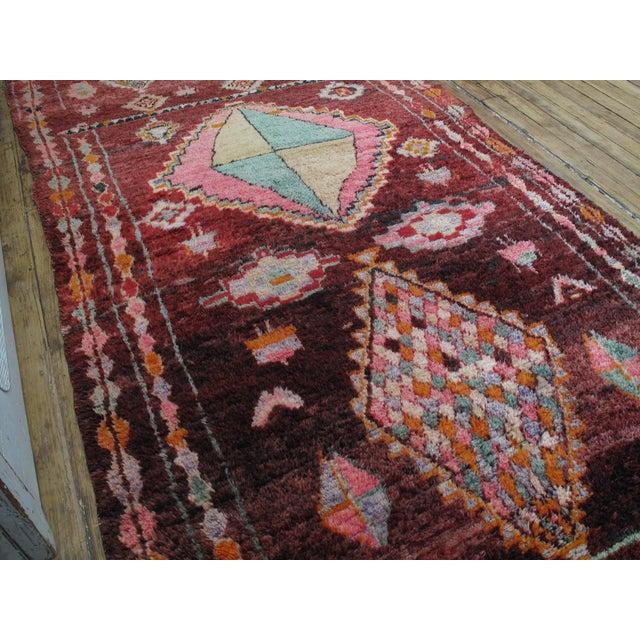 Islamic Moroccan Boujad Rug - 5′9″ × 11′8″ For Sale - Image 3 of 12