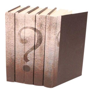 Image Collection Question Mark Books - Set of 5 For Sale