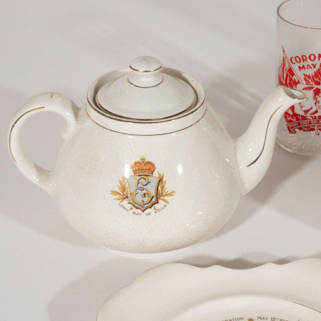 English Art Deco Royal Commemorative Porcelain Coronation Set For Sale - Image 10 of 13