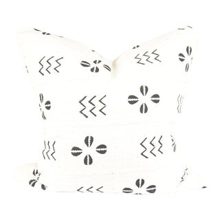 Shells Ivory African Mudcloth Pillow For Sale