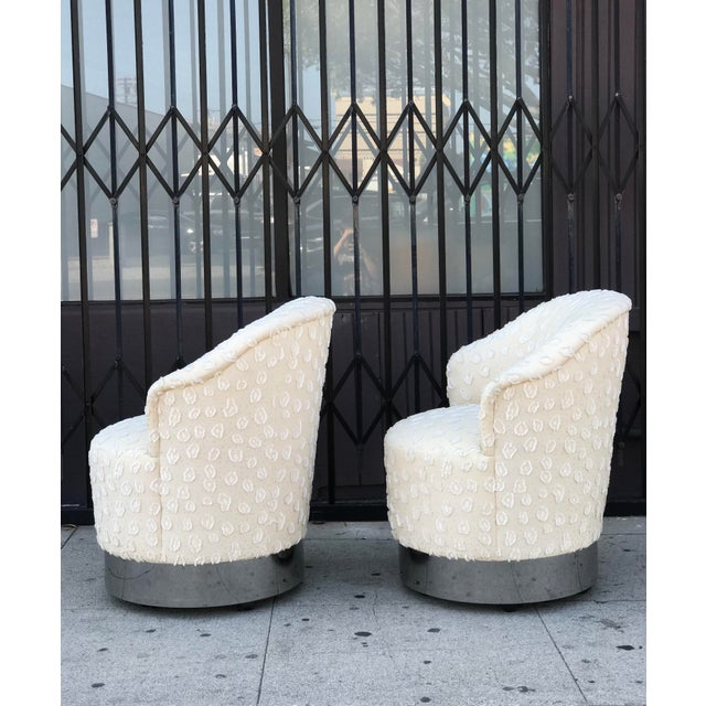 Rolling Chairs With Chrome Base in the Manner of Milo Baughman For Sale - Image 9 of 13