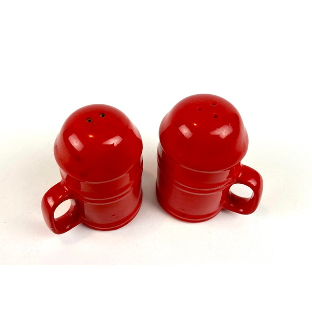 Mid-Century Modern Mid-Century Modern Vintage Japanese Glazed Red Ceramic Salt and Pepper Shakers - a Pair For Sale - Image 3 of 10