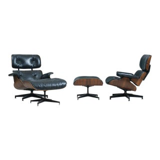 Pair of Eames 670 Rosewood Lounge Chairs with Ottomans
