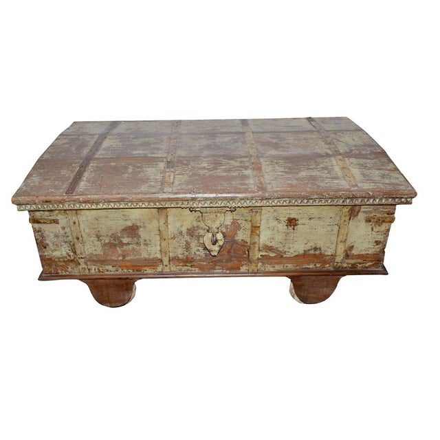 Vintage Curved Top Chest Trunk For Sale - Image 4 of 4
