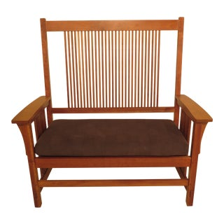 1990s Vintage Stickley Arts & Crafts Mission Cherry Settee Bench For Sale