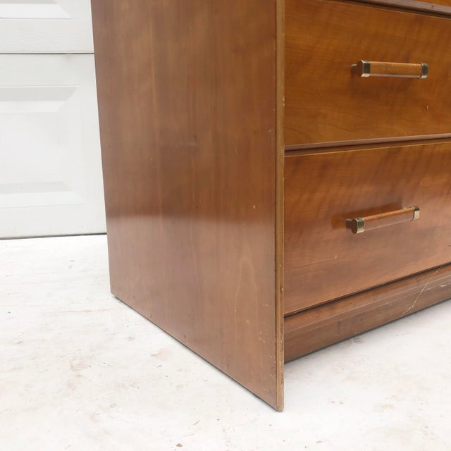 Wood Mid-Century Chest of Drawers by Renzo Rutili for Johnson Brothers For Sale - Image 7 of 13