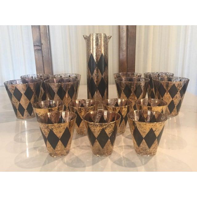 Hollywood Regency Mid-Century Modern Black & Gold Diamond Cocktail Glasses & Pitcher- Set of 16 For Sale - Image 3 of 4
