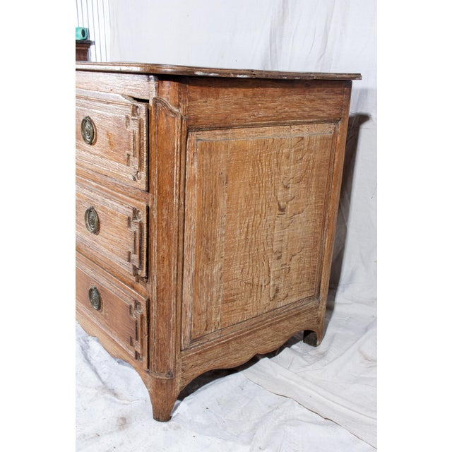 18th Century French Distressed Finish Three-Drawer Commode For Sale - Image 4 of 13