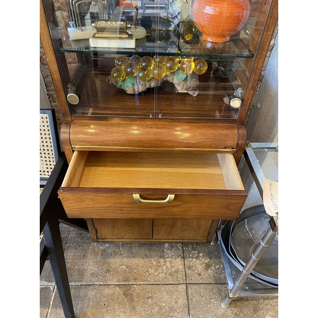 Thomasville Thomasville Oak and Brass Light Up Display Cabinet For Sale - Image 4 of 12
