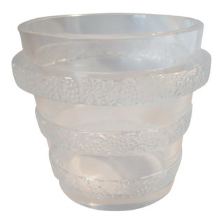 1930s Traditional Lalique Transparent Crystal Ice Bucket For Sale