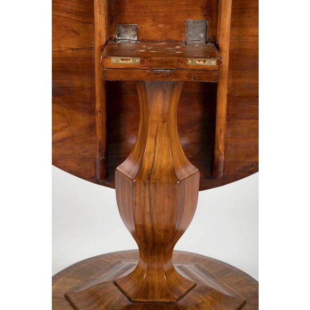 Walnut Fine Biedermeier Figured Walnut Centre Table For Sale - Image 7 of 8