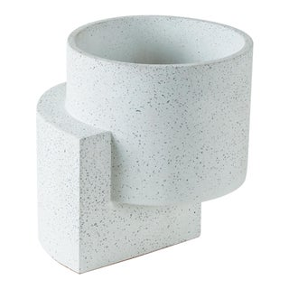 Tortuga Platform Medium White Planter