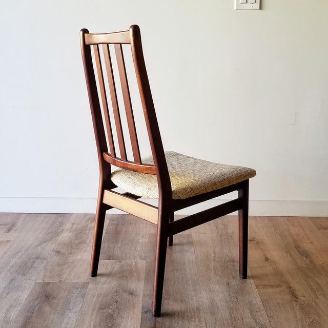 Mid 20th Century Danish Mid-Century Modern High Back Dining Chairs - Set of 8 For Sale - Image 5 of 13