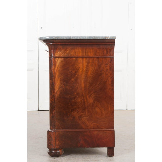 French 19th Century Louis Philippe-Style Mahogany Commode For Sale - Image 11 of 12