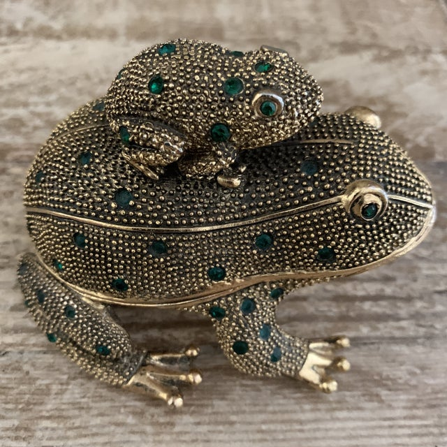 Bejeweled Gold Frog Paperweight and Desk Accessory Set For Sale - Image 10 of 11