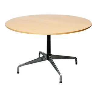 Eames Round Table for Herman Miller For Sale