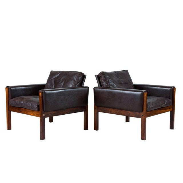 Contemporary Pair of Hans Wegner AP 62 Lounge Chairs For Sale - Image 3 of 10