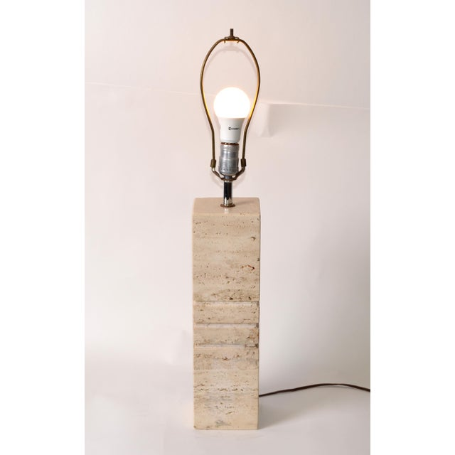 Italian Hand-Carved Travertine Mid-Century Modern Table Lamp Harp & Finial, 1970 For Sale - Image 4 of 12