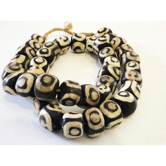 "Bone African Jumbo Bone Trading Beads 30"" For Sale - Image 7 of 8"