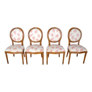 1960s Set of 4 French Louis XVI Oak Dining Chairs W/ White Floral Upholstery For Sale