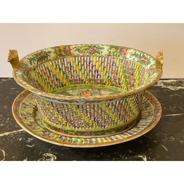 Ceramic Famille Verte Pierced Bowl and Under Plate For Sale - Image 7 of 13