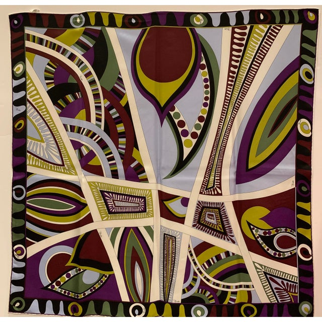 """Classic fun vintage Gucci Silk scarf. 34"""" square. Made in Italy."""
