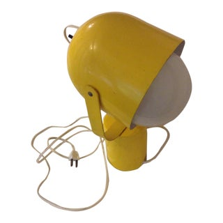 Mid -Century Modern Yellow Metal Adjustable Spotlight Portable Underwriters Laboratories For Sale