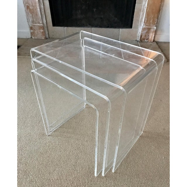 Nice vintage lucite waterfall style nesting tables, set of 3. Sculptural beauties, stylish accent tables. Minor wear, hard...