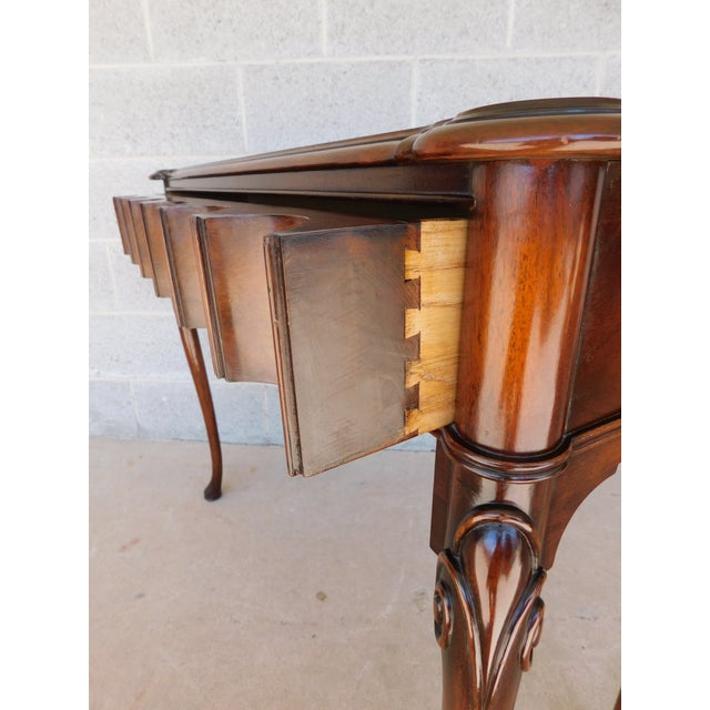 """Mid 20th Century Kittinger Georgian Style Mahogany Console Accent Table 38.25""""w For Sale - Image 5 of 13"""