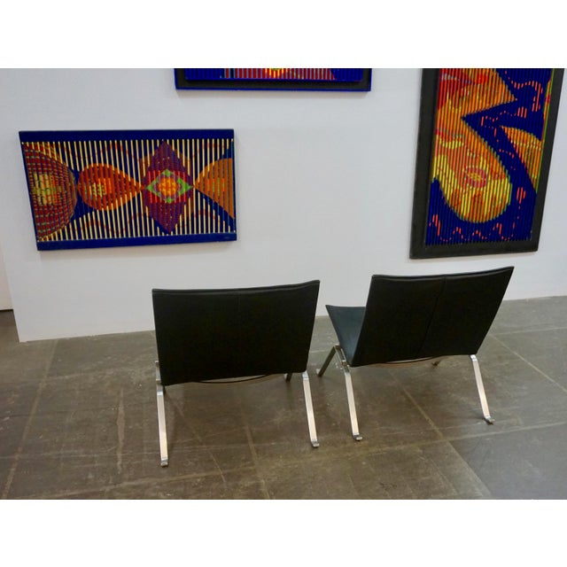 Black Pk 22 Lounge Chairs by Poul Kjaerholm - a Pair For Sale - Image 8 of 11