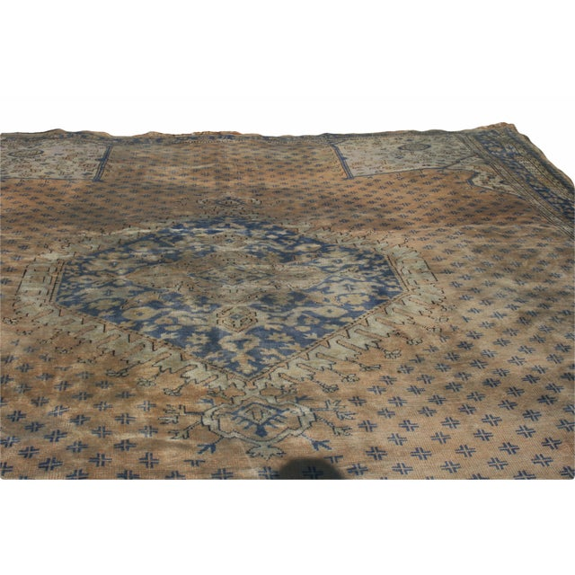 Turkish Early 20th Century Antique Oushak Waterloo Design Rug - 11′9″ × 15′5″ For Sale - Image 3 of 13