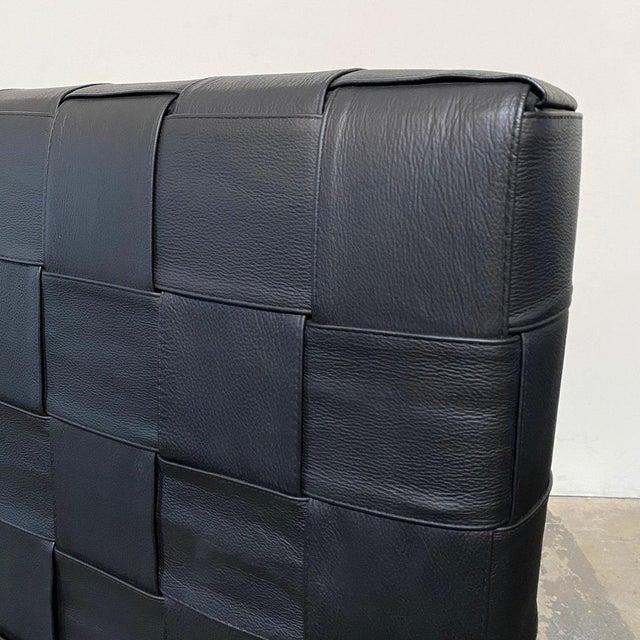 Black Minotti 'Bartlett' Black Leather Cal King Bedframe For Sale - Image 8 of 9