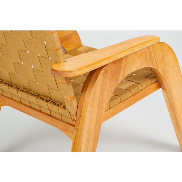Tan Bauhaus-Style Maple Lounge Chair With Nylon Webbed Seat For Sale - Image 8 of 12