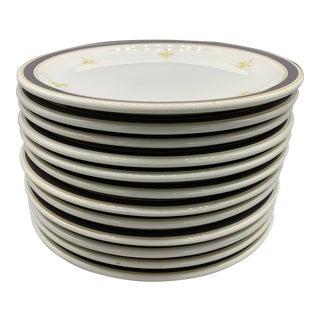 """Vintage Wallace China Fleur De Lis 9"""" and 8"""" Restaurantware Plates- Set of 18 For Sale"""