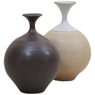 Set of Two Huge Bob Kinzie Stoneware Studio Pottery Vases, Us, 1970s For Sale