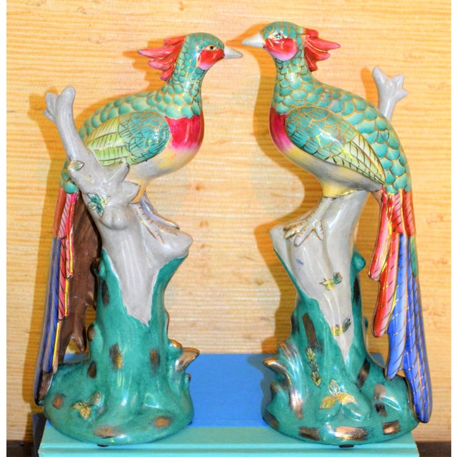 Green Chinese Export Porcelain Pheonix Bird Figurines - a Pair For Sale - Image 8 of 13