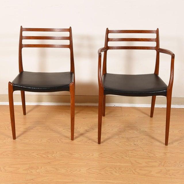 Danish Modern Møller Danish Modern Teak Dining Chairs- Set of 4 For Sale - Image 3 of 10