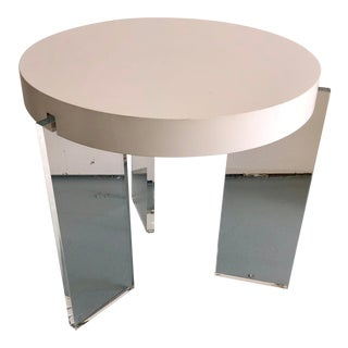 Mid Century Modern White Acryclic and Lucite Vintage Table For Sale