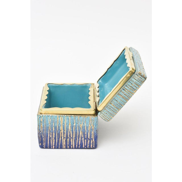 Italian Mid-Century Modern Bitossi Glazed Ceramic, Gold and Brass Hinged Box For Sale In Miami - Image 6 of 11