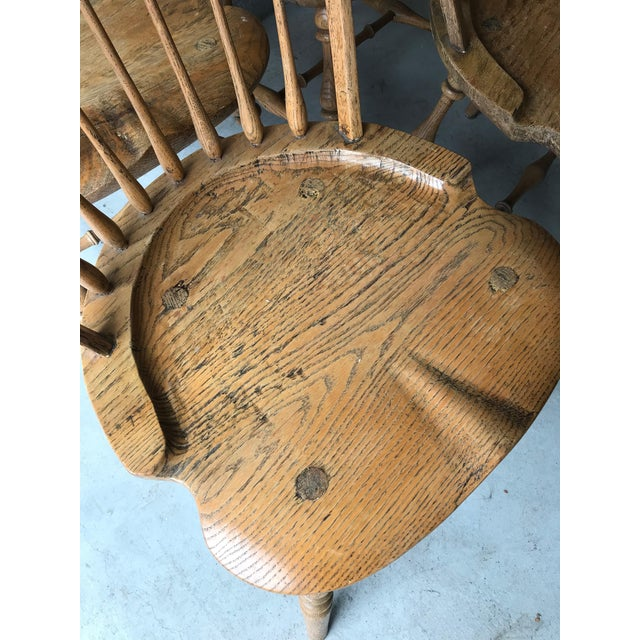 19th Centur Early American Antique Oak Windsor Chairs - Set of 4 For Sale - Image 10 of 11