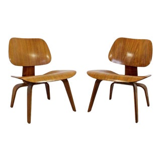 Mid Century Modern Pair Early Rare Charles Eames Lcw Lounge Side Chairs 50s For Sale