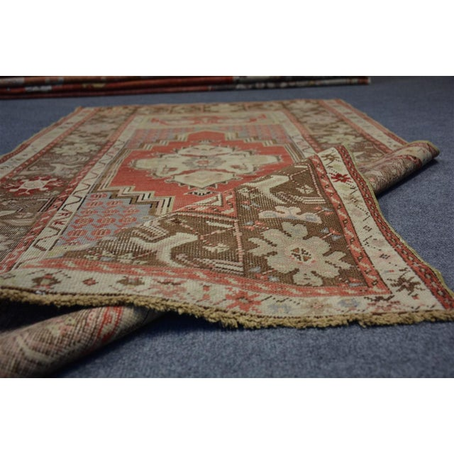 Cotton Turkish Vintage Oriental & Decorative Rug, 3'2″x5'3″ For Sale - Image 7 of 9