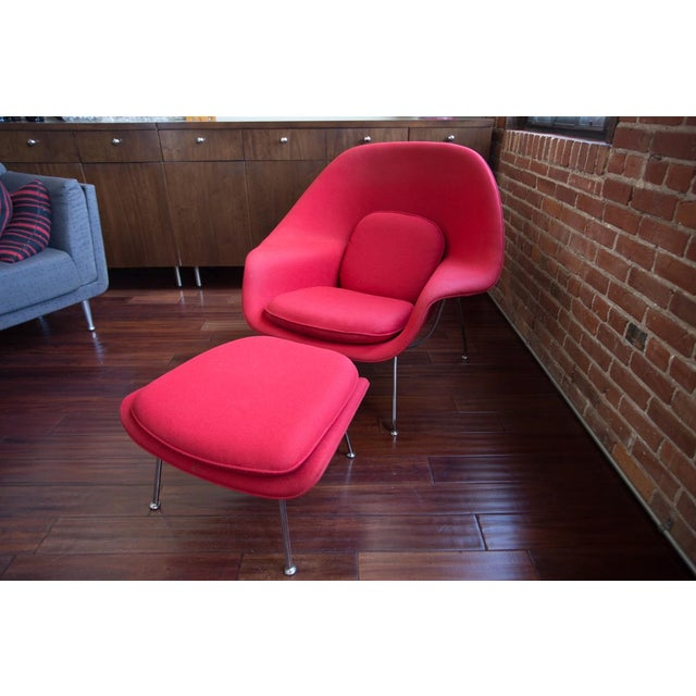 Red Eero Saarinen for Knoll Womb Chair & Ottoman For Sale - Image 8 of 8