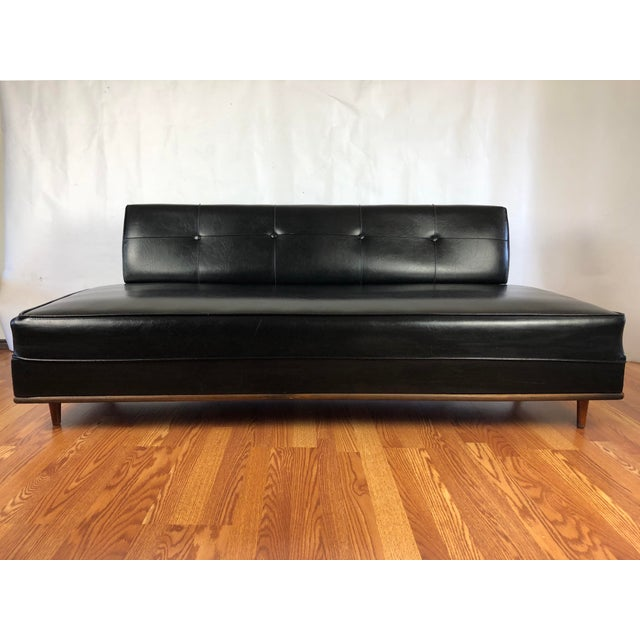 Plastic Mid Century Modern Daybed Sofa For Sale - Image 7 of 7