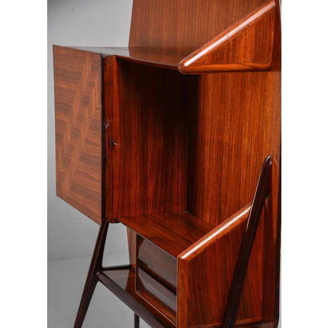 Mid-Century Modern Mid Century Italian Free Standing Rosewood Wall Unit With Marquetry For Sale - Image 3 of 13