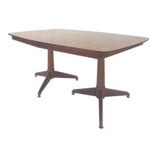 Mid Century Modern Walnut Dining Table With Pedestal Base and 2 Leafs For Sale