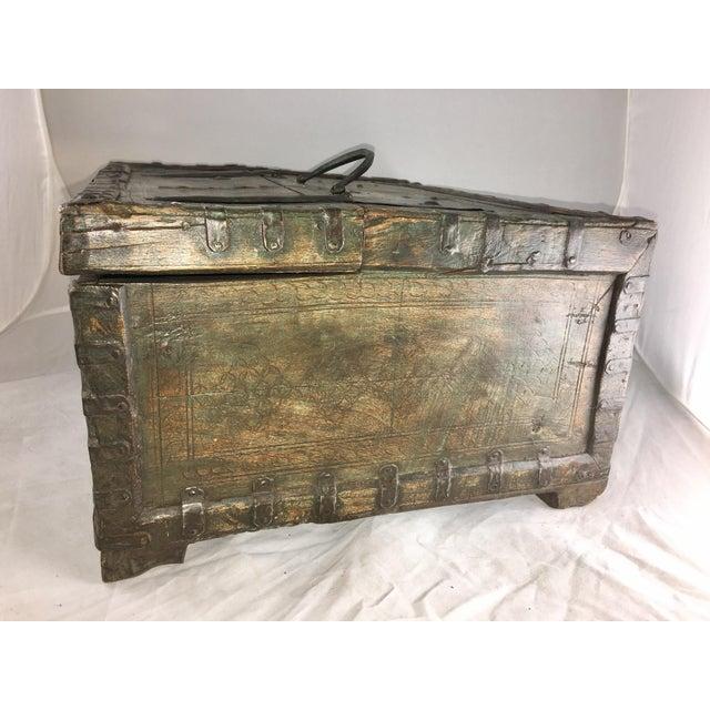 19 Century Oriental Cashbox For Sale - Image 4 of 10