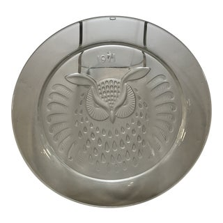 1971 Lalique France Hibou Owl Crystal Plate For Sale