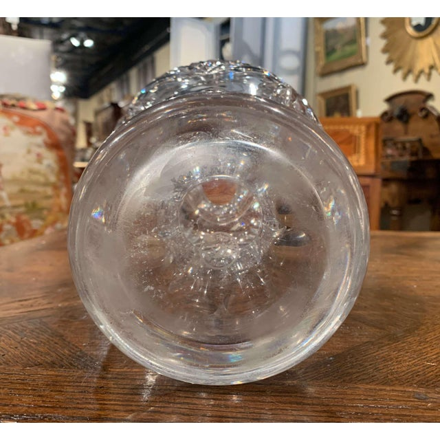 Midcentury Clear Cut Glass Vase With Foliage and Star Motifs For Sale - Image 9 of 10