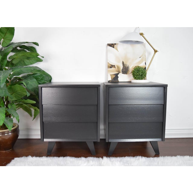 Late 19th Century Mid Century Modern Kent Coffey Black Lacquered Side Tables – a Pair For Sale - Image 5 of 13